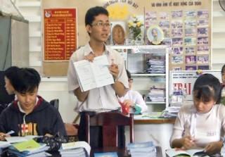 Học sinh tiêu biểu học tập và làm theo lời Bác
