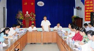 Giồng Trôm: Bí thư Huyện ủy làm việc với Đảng ủy xã Thạnh Phú Đông