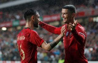Bồ Đào Nha và Anh cùng thắng trận giao hữu cuối trước World Cup