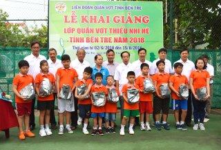 Khai giảng lớp quần vợt thiếu nhi hè năm 2018