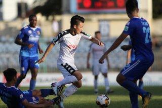 Vòng 12 V-League 2018: Hà Nội FC vững ngôi đầu