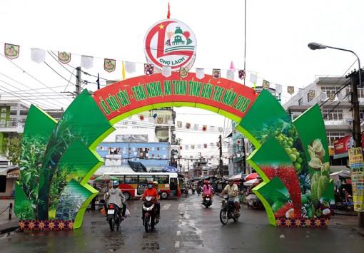 Chợ Lách khai thác tiềm năng phát triển du lịch