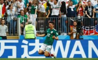 Đức gục ngã trước Mexico