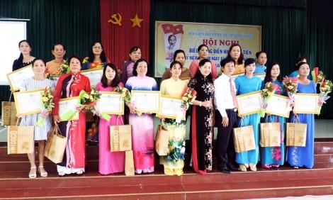 Hội Liên hiệp Phụ nữ tỉnh biểu dương điển hình thi đua yêu nước