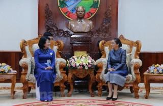 Hoạt động của Phó chủ tịch nước Đặng Thị Ngọc Thịnh tại Lào