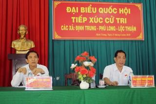 Đại biểu Quốc hội tỉnh tiếp xúc cử tri huyện Bình Đại, Giồng Trôm và Ba Tri