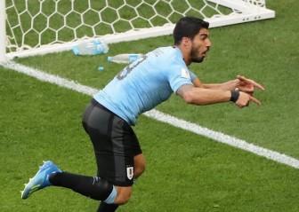 Thắng Saudi Arabia, Uruguay thẳng tiến vòng 1/8