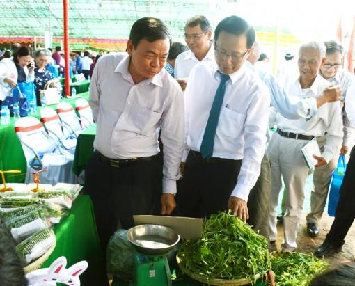 Thạnh Phú phát triển nông nghiệp kết hợp du lịch