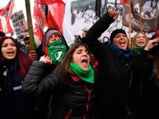 Argentina tê liệt vì đình công phản đối thỏa thuận của chính phủ với IMF