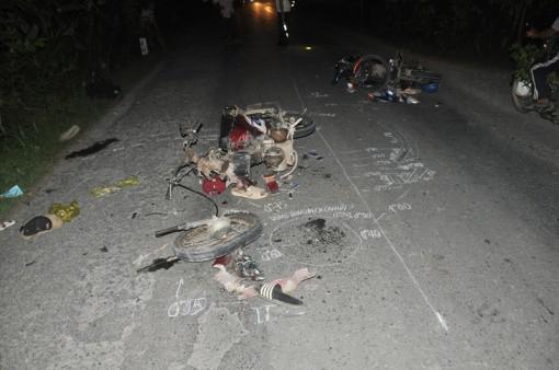 Tai nạn giữa xe mô tô và xe gắn máy làm 3 người thương vong