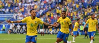 Brazil đánh bại Mexico, Bỉ chiến thắng Nhật Bản phút 90+4