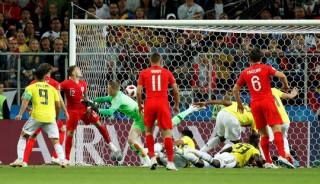 Thụy Điển hạ Thụy Sĩ, Anh nghẹt thở thắng Comlombia