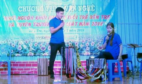 """""""Khơi nguồn khởi nghiệp tuổi trẻ Bến Tre"""" và tuyên truyền pháp luật năm 2018 tại Thạnh Phú"""