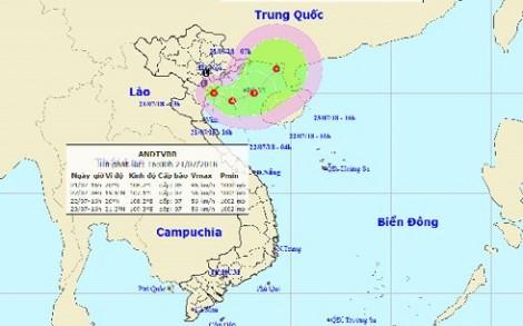 Áp thấp nhiệt đới ở trên vùng biển Nam Định - Thanh Hóa, gió giật cấp 8