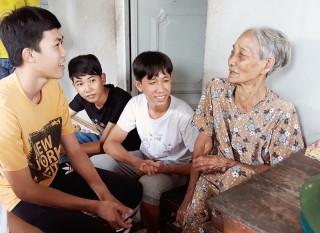 Chiến dịch tình nguyện Niềm tin xanh: Giáo dục cho học sinh tinh thần vì cộng đồng