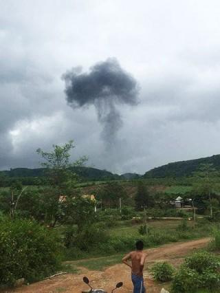 Máy bay quân sự Su-22 rơi ở Nghệ An, 2 phi công hy sinh