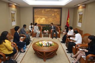 Phó thủ tướng Vũ Đức Đam tiếp Giám đốc Chương trình Lao toàn cầu