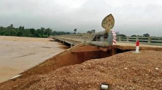 Thủ tướng gửi điện thăm hỏi về tình hình mưa lũ tại Campuchia