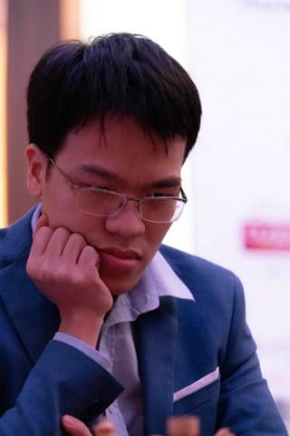 Quang Liêm thắng nhờ bẫy Hậu ở Abu Dhabi Masters