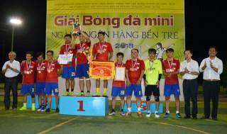 Kết thúc Giải bóng đá mini ngành ngân hàng