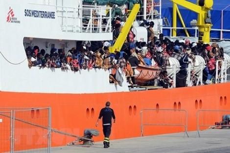 5 nước châu Âu đạt thỏa thuận nhận người di cư trên tàu cứu hộ Aquarius