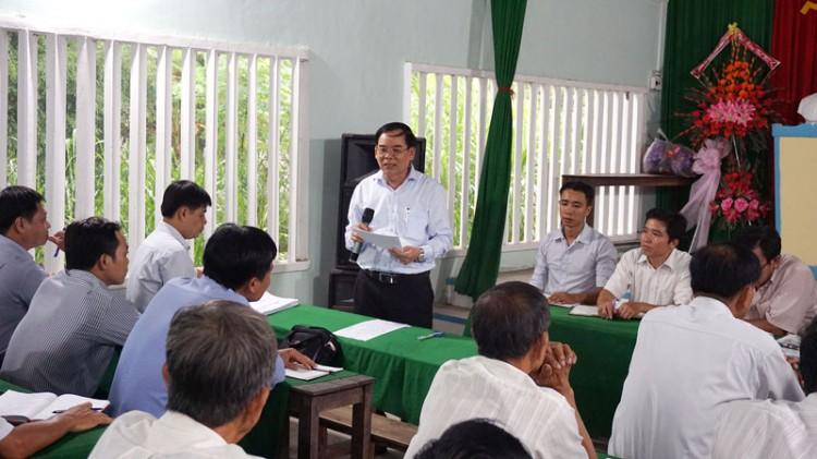 Phó bí thư Tỉnh ủy Trần Ngọc Tam dự họp định kỳ ở chi bộ cơ sở