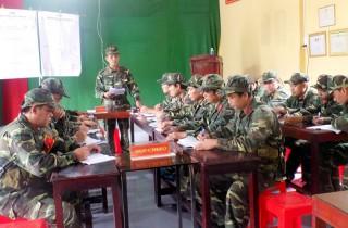 Kiểm tra công tác huấn luyện quân nhân dự bị khung B năm 2018