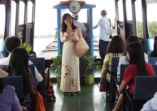 Hướng dẫn viên du lịch: Nâng cao kiến thức để phục vụ tốt hơn