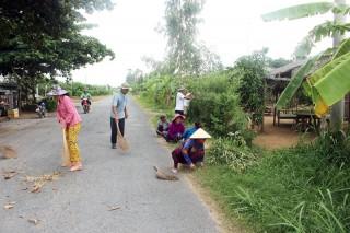 Nhân dân Tổ 5, ấp Thạnh Hòa, xã Thạnh Phong: Tích cực đóng góp xây dựng quê hương