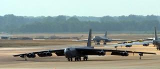 """Mỹ điều 5 pháo đài bay B-52 đi tránh siêu bão """"quái vật"""" Mangkhut"""