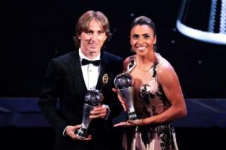 Modric đánh bại Ronaldo, giành giải The Best của FIFA