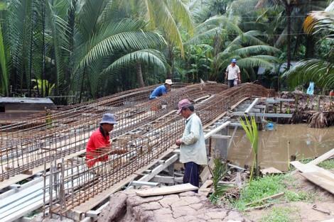 Châu Hòa đẩy nhanh tiến độ hoàn thành tiêu chí giao thông xã nông thôn mới