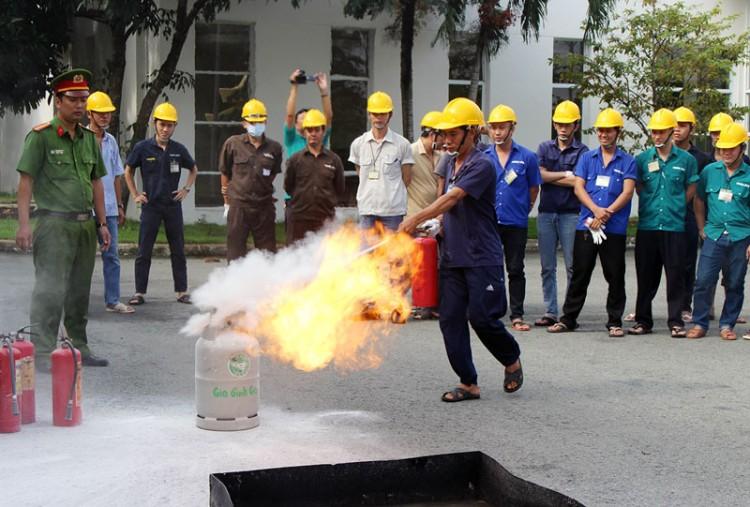 Thực tập phương án chữa cháy tại Khu công nghiệp Giao Long