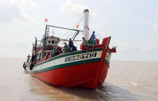Đẩy mạnh công tác phối hợp quản lý khai thác thủy sản trên biển