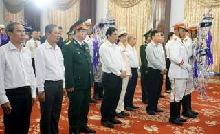 Tỉnh ủy, HĐND, UBND, Ủy ban MTTQ Việt Nam tỉnh viếng Chủ tịch nước Trần Đại Quang