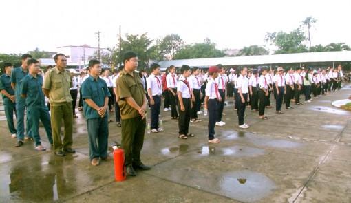 Các huyện mit-tinh hưởng ứng Ngày toàn dân phòng cháy, chữa cháy