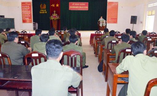 Khai giảng lớp bồi dưỡng nghiệp vụ cho Công an xã, thị trấn năm 2018