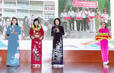 Doanh nhân nữ Bến Tre được tặng Giải thưởng Phụ nữ Việt Nam năm 2018
