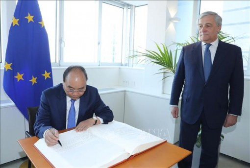Ủy ban Châu Âu thông qua Hiệp định thương mại tự do Việt Nam – EU
