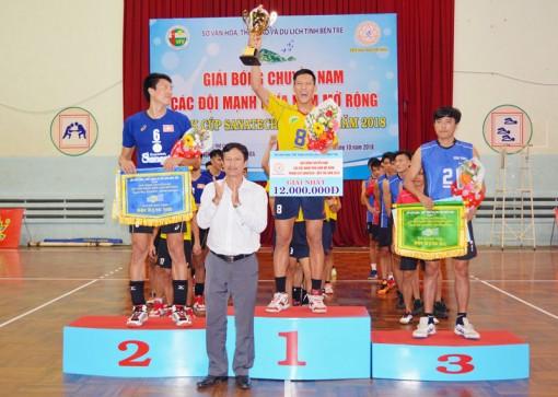 Kết thúc Giải bóng chuyền nam các đội mạnh: Đội TP. Hồ Chí Minh đoạt cúp vô địch