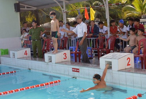 274 học sinh tranh Giải bơi phổ cập TP. Bến Tre năm 2018