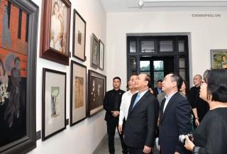 Thủ tướng thăm Bảo tàng Mỹ thuật Việt Nam