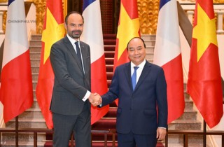 Thủ tướng Việt Nam, Pháp nhất trí thúc đẩy hợp tác phát triển chính phủ điện tử