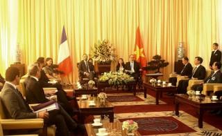 Bí thư Thành ủy TP. Hồ Chí Minh Nguyễn Thiện Nhân hội kiến Thủ tướng Cộng hòa Pháp
