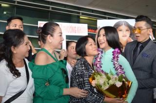 Hoa hậu Trái đất 2018 Nguyễn Phương Khánh về Việt Nam