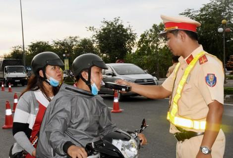 Tập huấn xử lý vi phạm về nồng độ cồn cho lực lượng cảnh sát giao thông