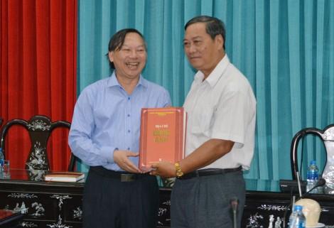 Đại học Quốc gia Hà Nội hỗ trợ thực hiện biên soạn Địa phương chí Bến Tre