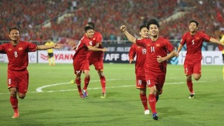 Việt Nam - Malaysia 2-0: Công Phượng tỏa sáng, Anh Đức góp công