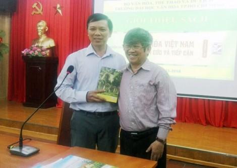 """Ra mắt Bộ sách """"Văn hóa Việt Nam, nghiên cứu và tiếp cận"""" của GS.TS Nguyễn Chí Bền"""