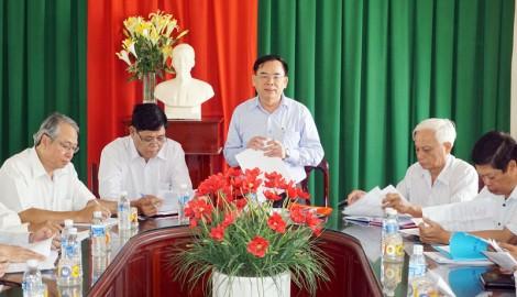 Tập trung xây dựng Đảng gắn phát triển kinh tế - xã hội